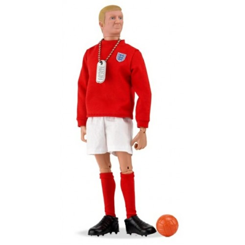 AMAN718 - ACTION MAN - BOBBY MOORE 1966 SPECIAL WINDOW BOX PACKAGING WITH DIORAMA LIMITED EDITION 1966 PIECES