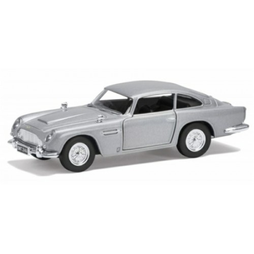 CC04311 - JAMES BOND - ASTON MARTIN DB5 'GOLDENEYE'