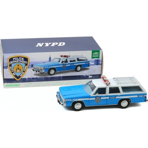 GL19062 - 1/18 ARTISAN COLLECTION - 1988 FORD LTD CROWN VICTORIA WAGON - NEW YORK CITY POLICE DEPT (NYPD)