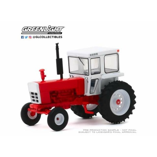 GL48040-A - 1/64 DOWN ON THE FARM SERIES 4 - 1973 TRACTOR WITH CLOSED CAB - RED AND WHITE