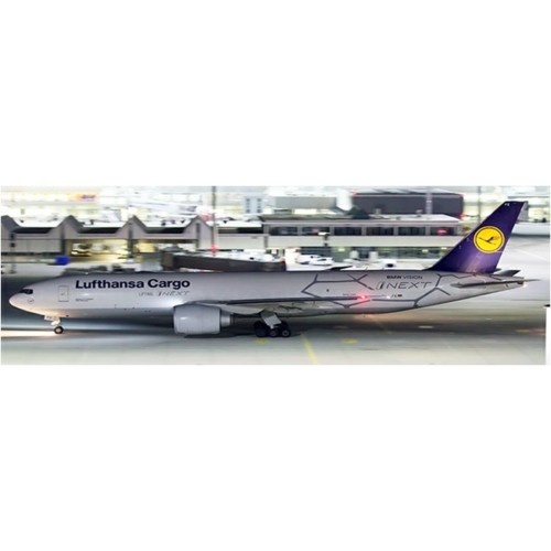 JC4076 - 1/400 LUFTHANSA CARGO BOEING 777-200LRF LIFTING I NEXT REG: D-ALFE WITH ANTENNA