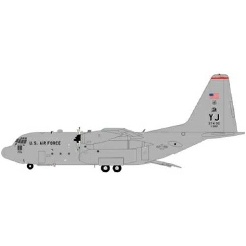 JFC130004 - 1/200 USA AIR FORCE LOCKHEED C-130 74-2062 WITH STAND