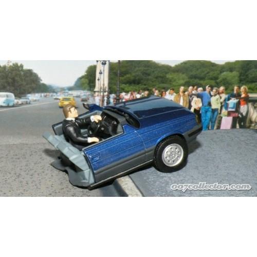 MAGDYG2 - 1/43 RENAULT 11 'HALF CAR' - A VIEW TO A KILL (JAMES BOND)