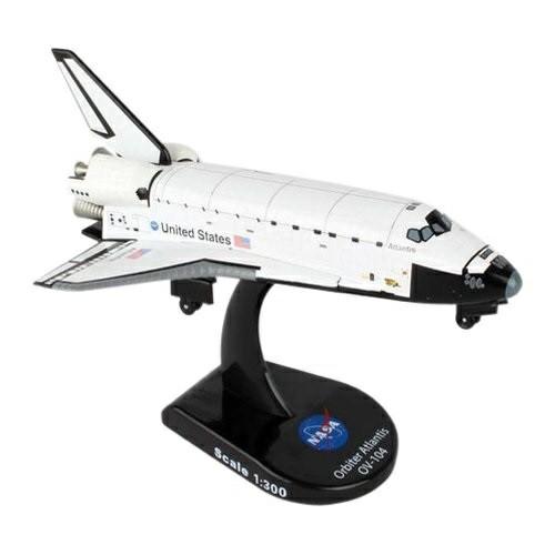 PS5823-1 - 1/300 SPACE SHUTTLE ATLANTIS