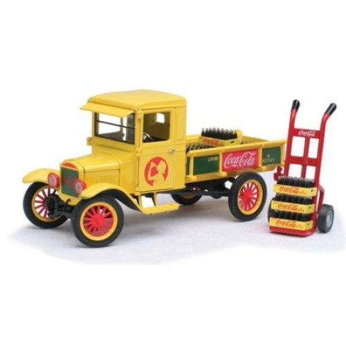 RI442453 - 1/32 1923 FORD MODEL TT TRUCK WITH CART AND TROLLEY YELLOW